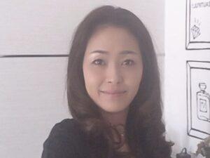 上杉亜矢子プロフィール写真